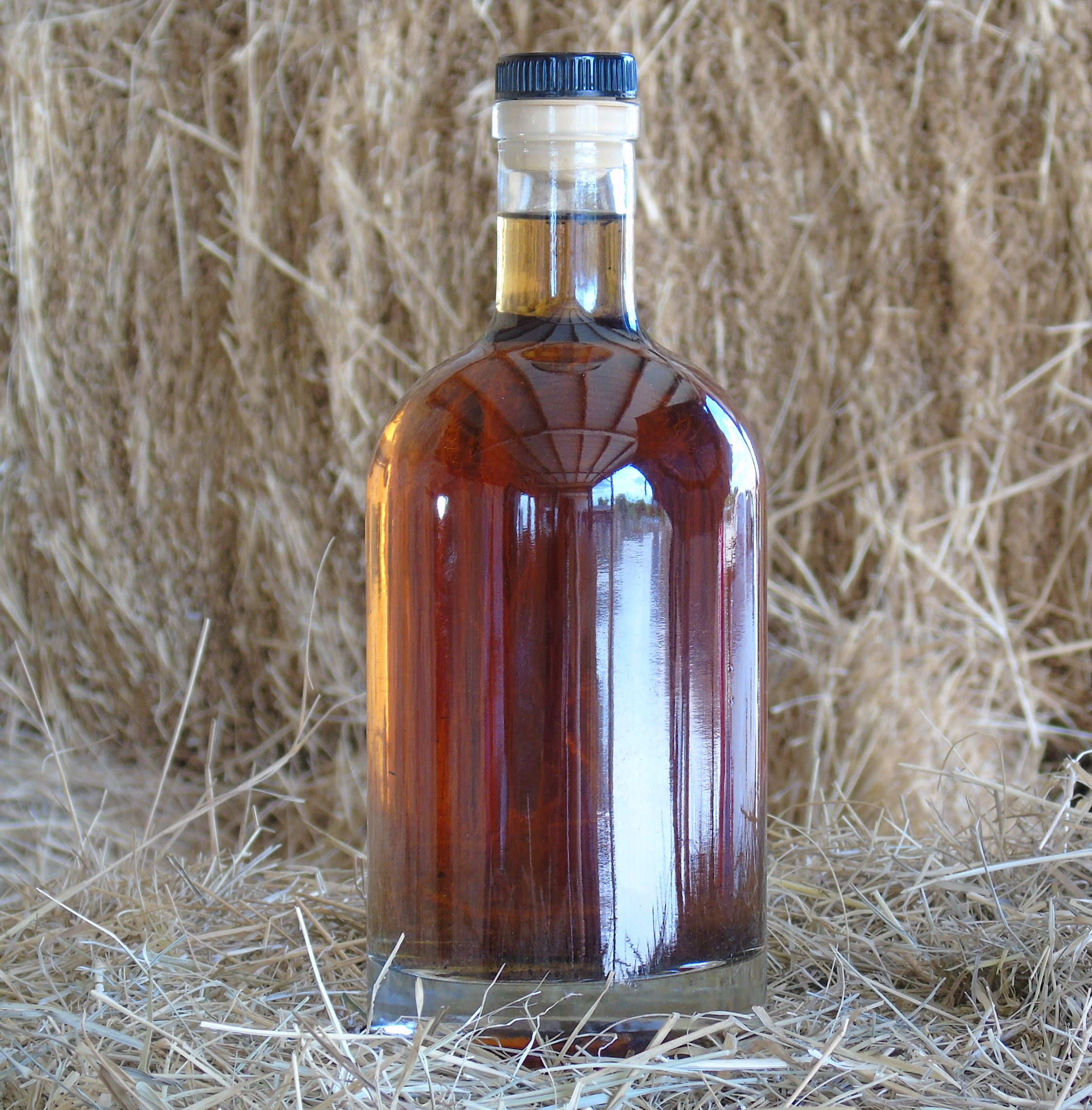 Whiskey Bottles 750ml Mini Oak Barrels