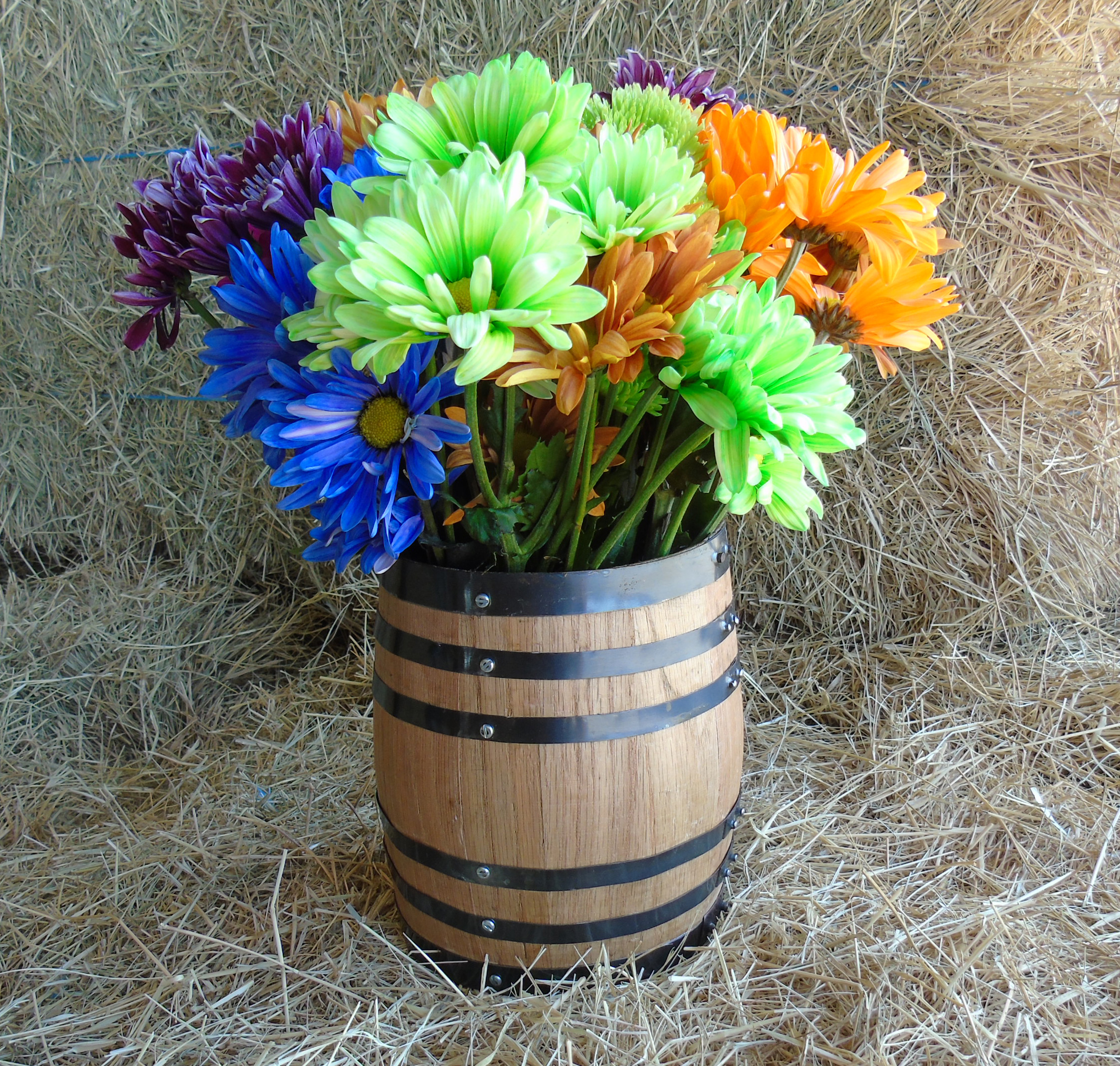 Oak barrel centerpiece flower vase mini barrels